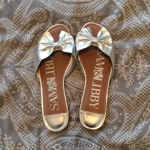 Metallic slip on sandals